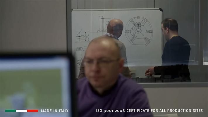 142 высококвалифицированных инженера