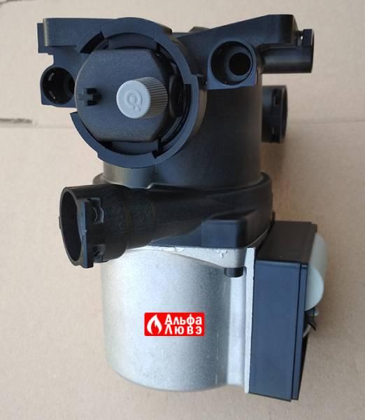 Циркуляционный насос Grundfos UPS15-50 A0 MK11, PN 59945536. Beretta 20002906 Riello — 4366433 (вид сверху)