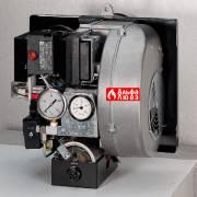 Горелки Riello 40 N снабжены включенным в корпус горелки электрическим масляным подогревателем
